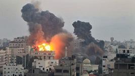 """""""Protective Edge"""" - Israeli Phosphorous bombing in Gaza - July 2014"""